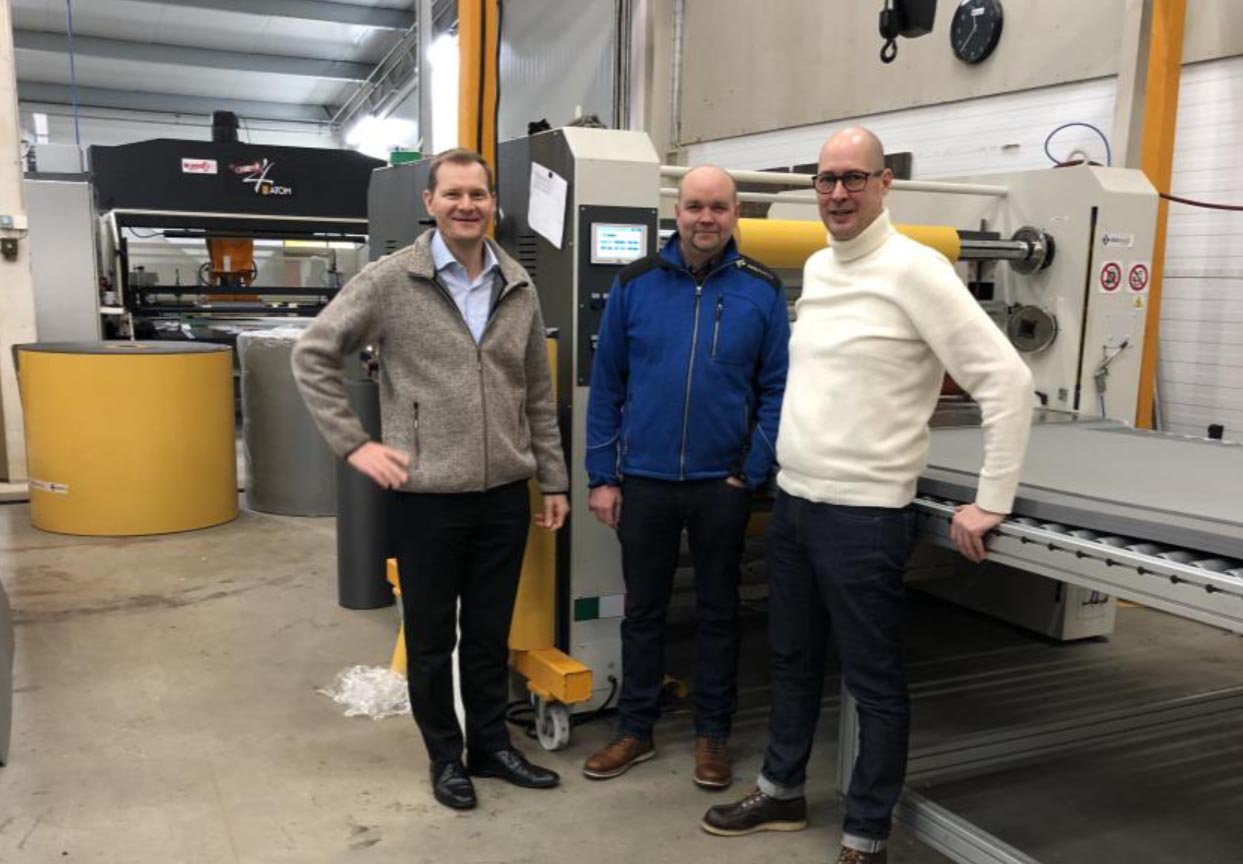 At the Seamaker Finland factory in Rauma, during the personnel communication event. Tekniseri CEO Jyri Järvinen, Sealmaker General Manager Lauri Salmela and Sealmaker Sales and Marketing manager Rami Nieminen